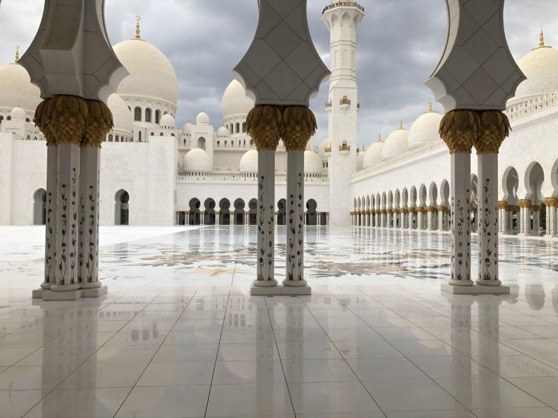 Top 5 atrakcji Dubaju - Meczet Abu Dhabi